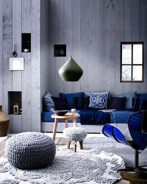 Sala com decoração em azul